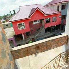 Отель Larry Dort Guest House Гана, Bawjiase - отзывы, цены и фото номеров - забронировать отель Larry Dort Guest House онлайн балкон