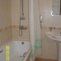 Гостиница Тенгри Казахстан, Атырау - 1 отзыв об отеле, цены и фото номеров - забронировать гостиницу Тенгри онлайн ванная фото 2