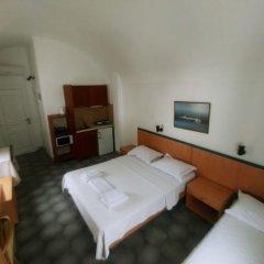 Отель Romani Studios Perissa Греция, Остров Санторини - отзывы, цены и фото номеров - забронировать отель Romani Studios Perissa онлайн удобства в номере