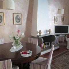 Апартаменты Sleep in Italy Oltrarno Apartments Флоренция комната для гостей фото 3
