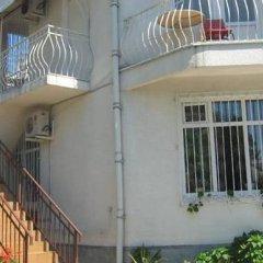Гостевой дом Вилла Светлана вид на фасад фото 2