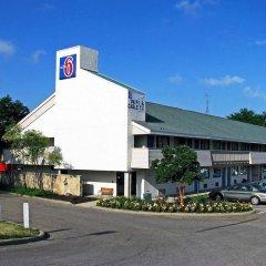 Отель Motel 6 Columbus - Worthington Колумбус парковка