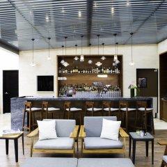 Отель Hilton Mexico City Santa Fe Мексика, Мехико - отзывы, цены и фото номеров - забронировать отель Hilton Mexico City Santa Fe онлайн гостиничный бар