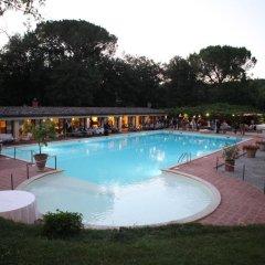 Отель Borgo San Luigi Строве бассейн фото 3