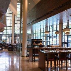 Отель Jumeirah Creekside Дубай интерьер отеля