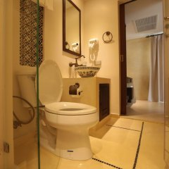 Отель Dewan Bangkok ванная фото 2