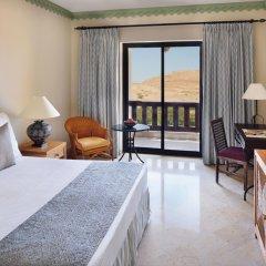 Отель Movenpick Resort & Spa Dead Sea комната для гостей