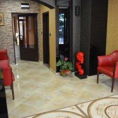 Отель Bon Bon Hotel Болгария, София - отзывы, цены и фото номеров - забронировать отель Bon Bon Hotel онлайн интерьер отеля фото 3