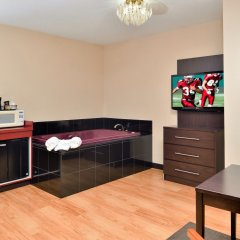 Отель Red Roof Inn & Suites Columbus - W. Broad удобства в номере