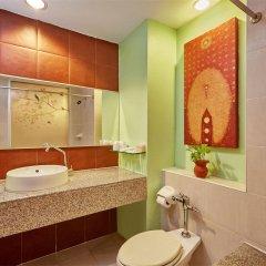 Отель Eastern Grand Palace Таиланд, Паттайя - отзывы, цены и фото номеров - забронировать отель Eastern Grand Palace онлайн ванная