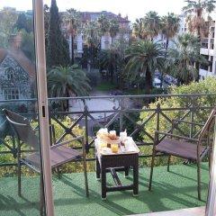 Отель Carlton балкон
