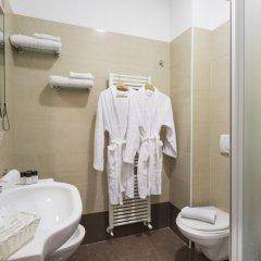 Hotel Calypso Римини ванная