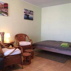 Апартаменты Alpha Apartments Krasniy Put' Омск комната для гостей
