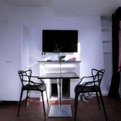 Апартаменты My Apartment in Paris Louvre в номере фото 2