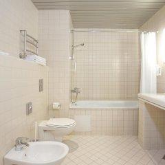 Отель Tallink City hotel Эстония, Таллин - 6 отзывов об отеле, цены и фото номеров - забронировать отель Tallink City hotel онлайн ванная