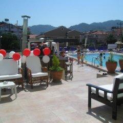 Reis Maris Hotel Турция, Мармарис - 3 отзыва об отеле, цены и фото номеров - забронировать отель Reis Maris Hotel онлайн бассейн