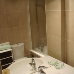 Отель Quartier Latin 1 Apartment Франция, Париж - отзывы, цены и фото номеров - забронировать отель Quartier Latin 1 Apartment онлайн ванная фото 2