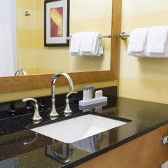 Отель Pinnacle Hotel Harbourfront Канада, Ванкувер - отзывы, цены и фото номеров - забронировать отель Pinnacle Hotel Harbourfront онлайн ванная фото 2