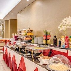 Отель Augusta Lucilla Palace питание фото 9