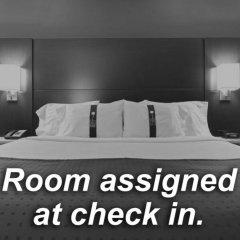 Holiday Inn Express Hotel & Suites Columbus - Polaris Parkway Колумбус комната для гостей фото 3