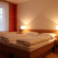 Отель Gasthaus zum Brandtner Австрия, Вена - отзывы, цены и фото номеров - забронировать отель Gasthaus zum Brandtner онлайн комната для гостей фото 2