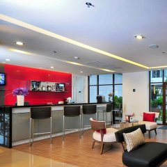 Отель Ibis Bangkok Riverside гостиничный бар