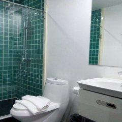 My Hotel Herrity Бангкок ванная фото 2