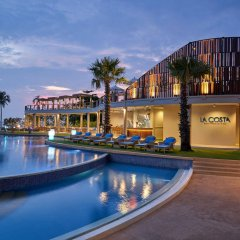 Отель Movenpick Siam Pattaya На Чом Тхиан бассейн