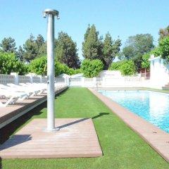Отель Camping Victoria Испания, Канет-де-Мар - отзывы, цены и фото номеров - забронировать отель Camping Victoria онлайн бассейн фото 2