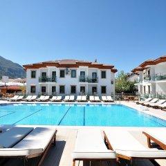 Fethiye Park Hotel бассейн