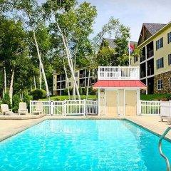 Отель Mountain Edge Resort & Spa at Sunapee бассейн фото 3