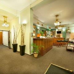 Отель Aron гостиничный бар фото 3