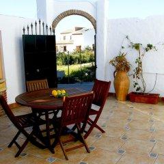 Отель Cortijo Fontanilla Испания, Кониль-де-ла-Фронтера - отзывы, цены и фото номеров - забронировать отель Cortijo Fontanilla онлайн питание