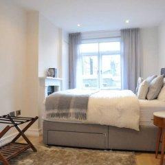 Отель 2 Bedroom 2 Storey Flat in Perfect Location Великобритания, Лондон - отзывы, цены и фото номеров - забронировать отель 2 Bedroom 2 Storey Flat in Perfect Location онлайн комната для гостей фото 5