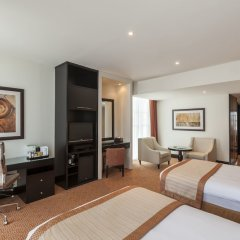 Отель Holiday Inn Dubai - Al Barsha удобства в номере