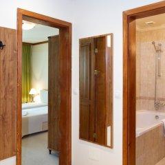 Отель Saint Ivan Rilski Hotel & Apartments Болгария, Банско - отзывы, цены и фото номеров - забронировать отель Saint Ivan Rilski Hotel & Apartments онлайн ванная