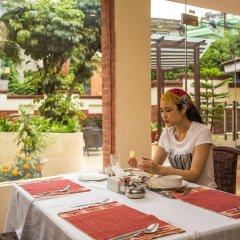 Отель Moonlight Непал, Катманду - отзывы, цены и фото номеров - забронировать отель Moonlight онлайн питание фото 2