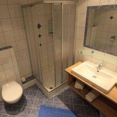 Отель GB Gondelblick Австрия, Хохгургль - отзывы, цены и фото номеров - забронировать отель GB Gondelblick онлайн ванная фото 2