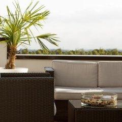 Отель Holiday Inn Munich-Unterhaching Германия, Унтерхахинг - 7 отзывов об отеле, цены и фото номеров - забронировать отель Holiday Inn Munich-Unterhaching онлайн балкон
