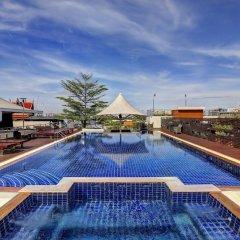 Отель Dang Derm Бангкок бассейн фото 3