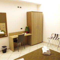 Отель Centrale Италия, Милан - отзывы, цены и фото номеров - забронировать отель Centrale онлайн удобства в номере фото 2