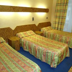 Отель Damiens Франция, Париж - 8 отзывов об отеле, цены и фото номеров - забронировать отель Damiens онлайн комната для гостей фото 4