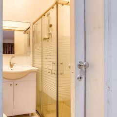 Central Apartment next to Dizengoff St. Израиль, Тель-Авив - отзывы, цены и фото номеров - забронировать отель Central Apartment next to Dizengoff St. онлайн ванная