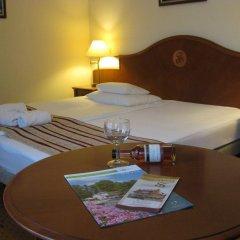 Hotel Sante комната для гостей