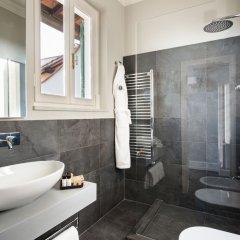 Отель Tornabuoni Suites Collection ванная фото 2
