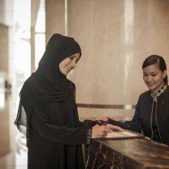 Отель InterContinental Residence Suites Dubai Festival City фитнесс-зал фото 2