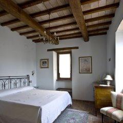 Отель Casale del Monsignore Сполето комната для гостей фото 2