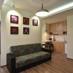 Апартаменты Gallery Apartment A комната для гостей фото 3