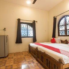 OYO 10035 Hotel Calangute Turista Гоа сейф в номере