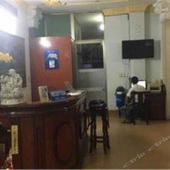 Отель OYO 1075 Freedom Hotel Вьетнам, Хошимин - отзывы, цены и фото номеров - забронировать отель OYO 1075 Freedom Hotel онлайн гостиничный бар